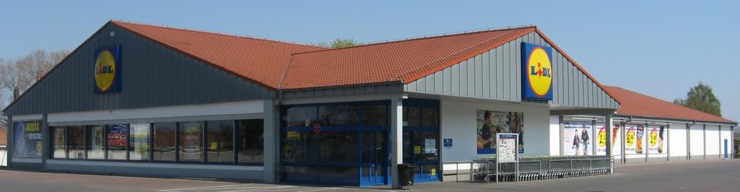 Poniemiecka stodoła  Market Lidl, fot: wikipedia