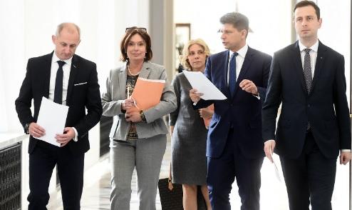opozycja_totalna