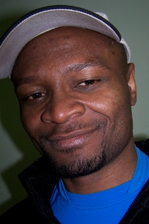 Simon Mol - jeden z najważniejszych działaczy Nigdy Więcej fot: simonmol.com
