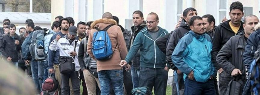 Kolejka po Azyl w UE - oni szybko zastąpią biała młodzież w Europie, fot: screen z yuoutube